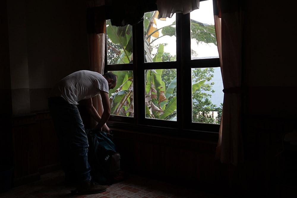 Francesco-Menghini-in-Laos-2